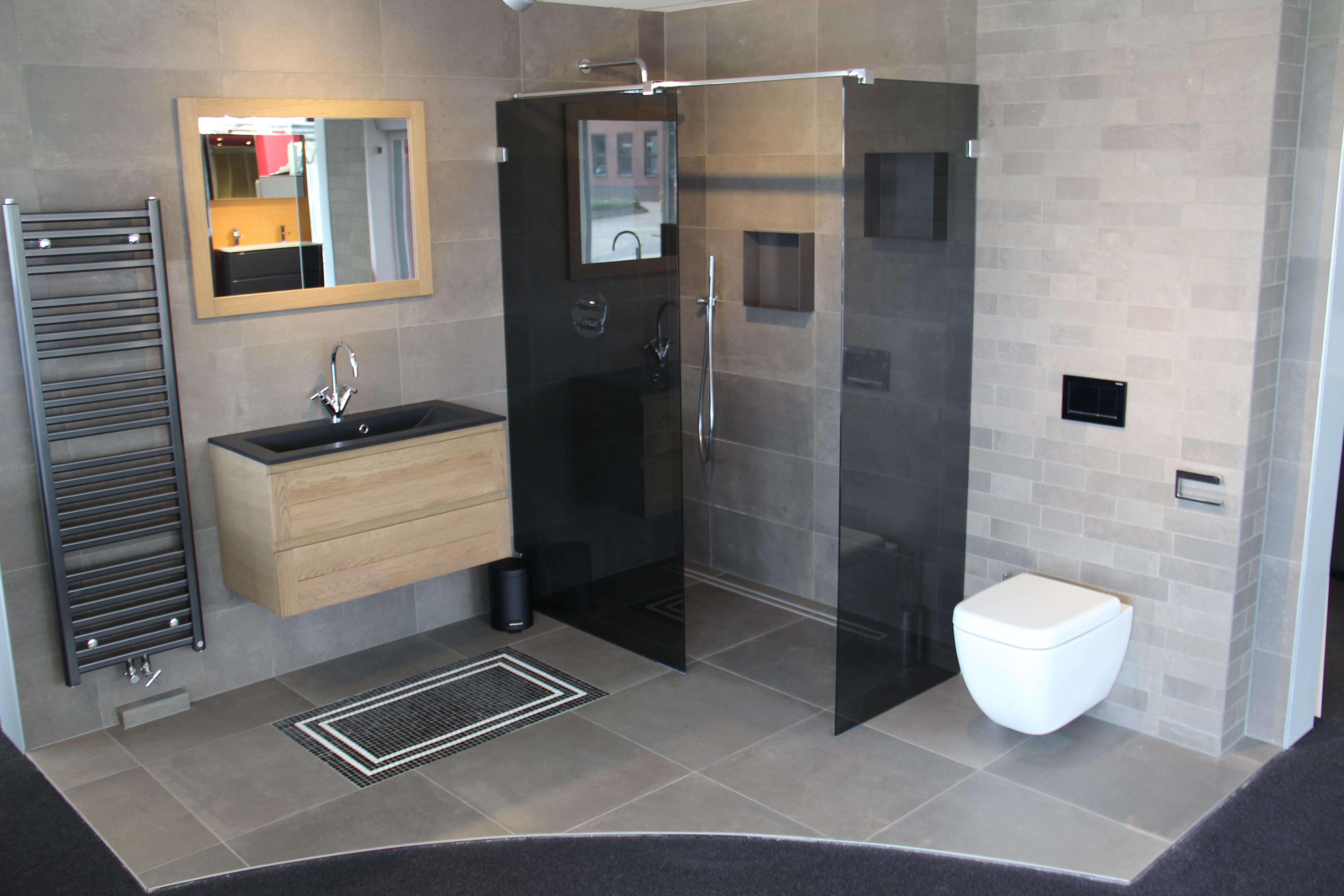 Badkamer tegel idee - Idee van deco badkamer ...