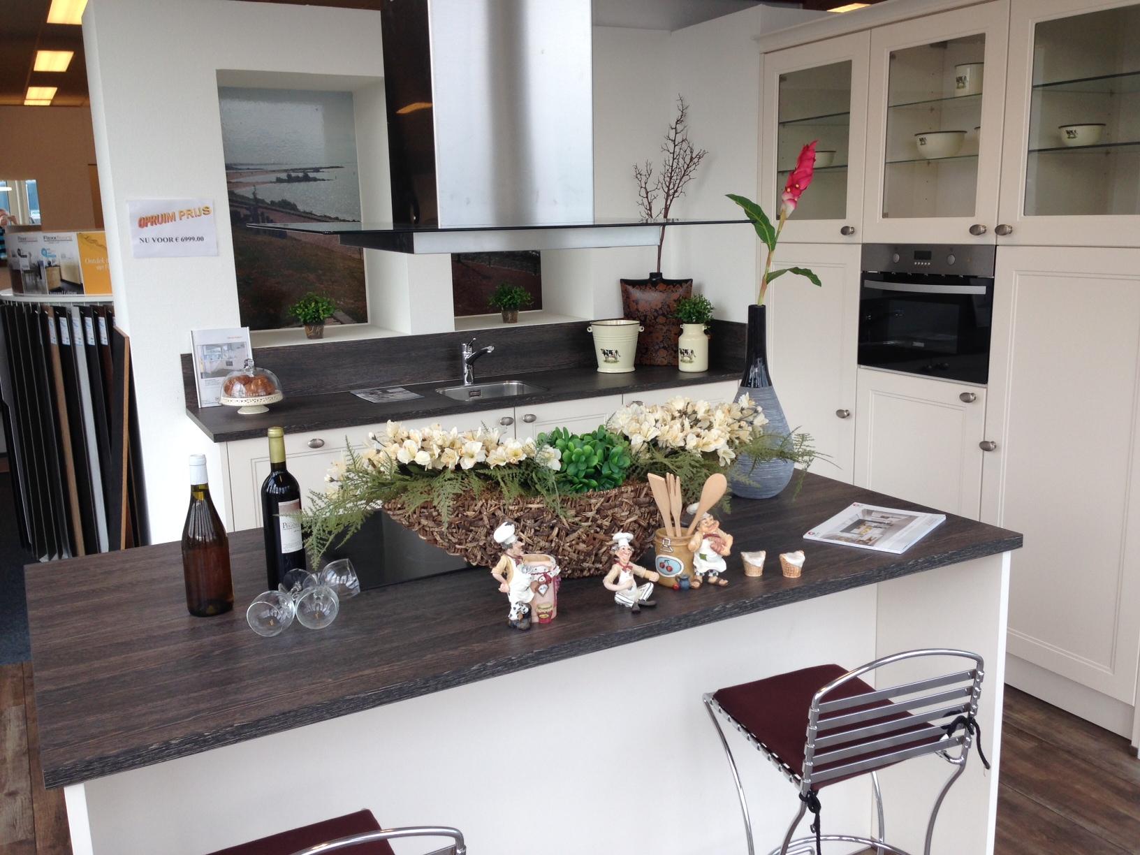Boretti Keuken Dealers : Wonen Totaal Urk in URK Startpagina voor keuken idee?n UW-keuken.nl