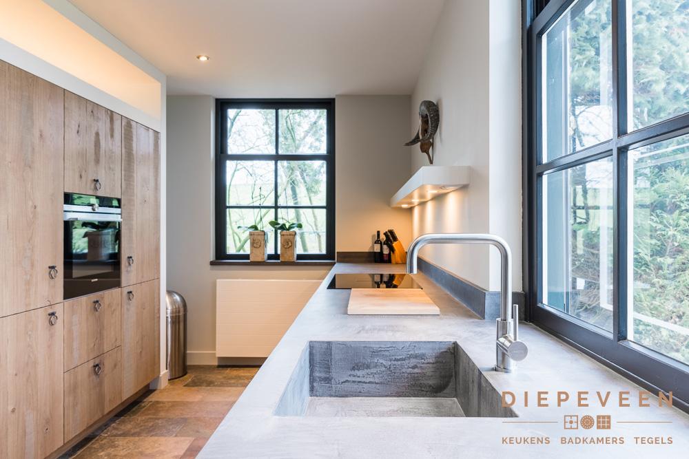 Badkamer En Tegels : Diepeveen keukens badkamer en tegels in giessen uw keuken.nl