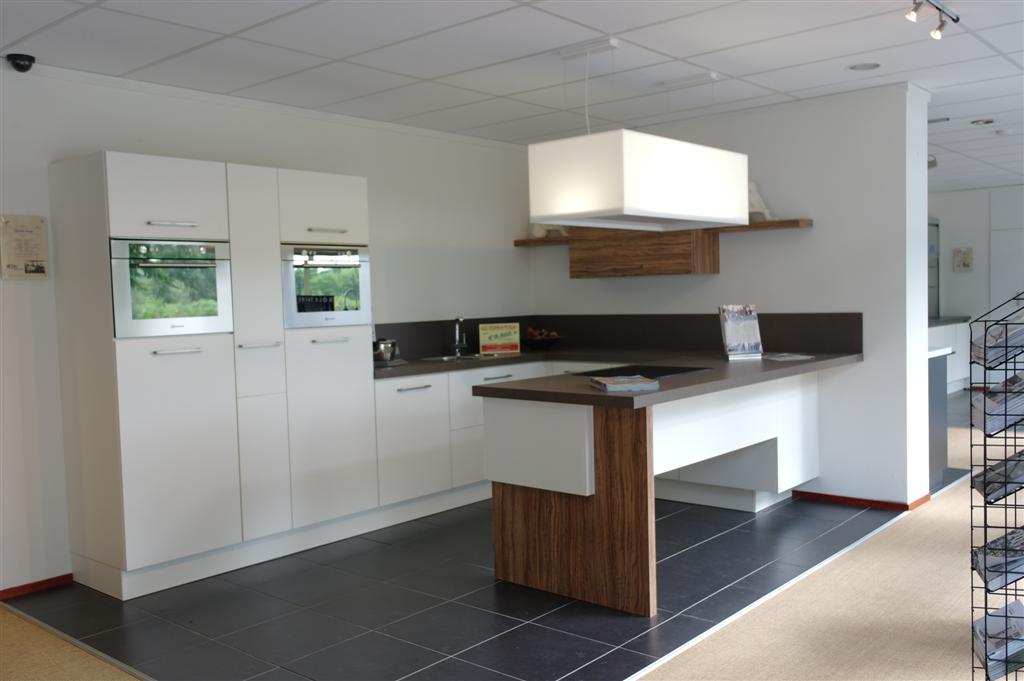 SSK Keukenstudio in KAPELLE Startpagina voor keuken ideeu00ebn : UW ...