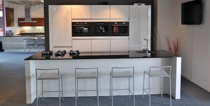Afmetingen Keuken Kookeiland : Stienstra Keukens Grou In Grou Startpagina Voor Keuken Ideeen Uw