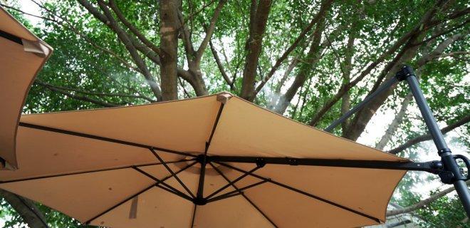 4 redenen waarom je een grote parasol in je tuin wilt