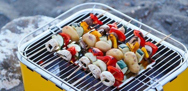 Gezellig samen eten met de tafelbarbecue