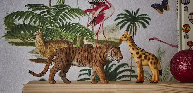 Tropical Zoo aan de muur