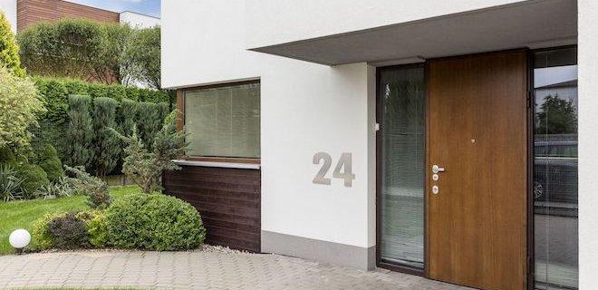 Luxe uitstraling met grote huisnummers
