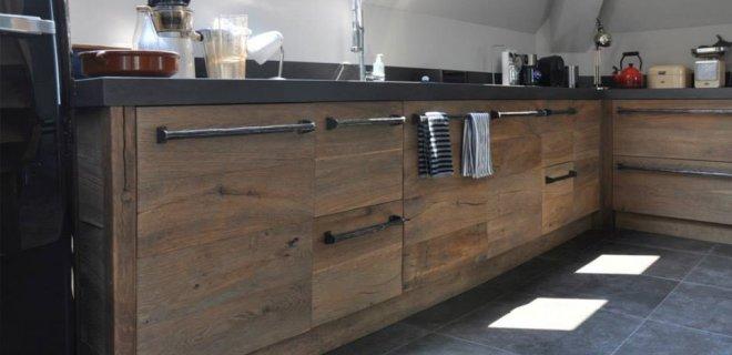 Nieuwe keuken van historisch hout van RestyleXL