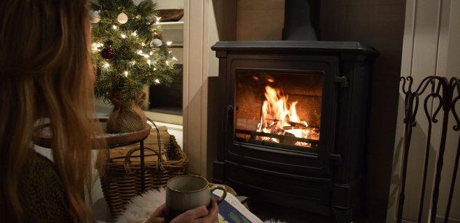 Een verantwoord gestookt houtvuur tijdens sfeervolle winterdagen: petitie van houtstokers