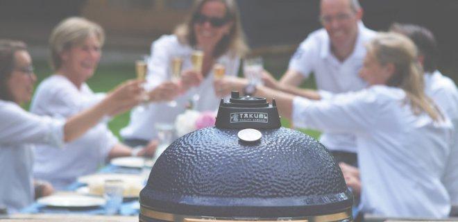 Mobiele buitenkeuken met Takumi barbecue