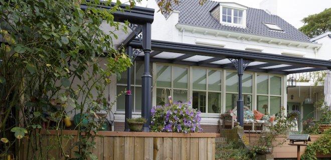 Optimaal genieten van je terras met een terrasoverkapping