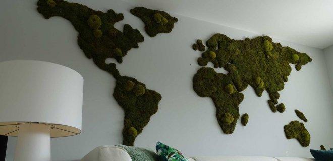 Groene wereldkaart op de muur!