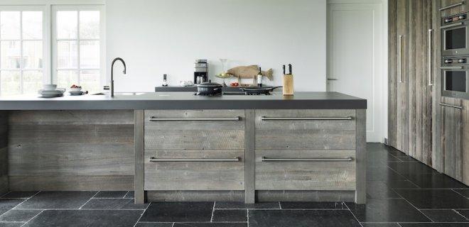 Binnenkijken! Houten keuken van RestyleXL