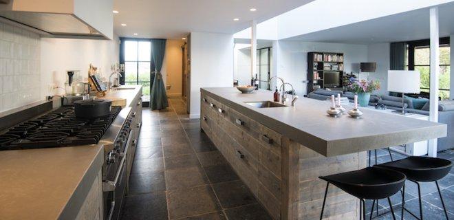 Keukeninspiratie: houten keukens met eiland