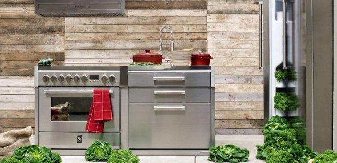 Italiaanse fornuizen met bijpassende keuken modules van Steel
