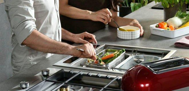 Koken op 5 manieren met de KitchenAid Chef Sign kookmodule
