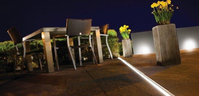 Aco afwatering met LED-verlichting voor de tuin