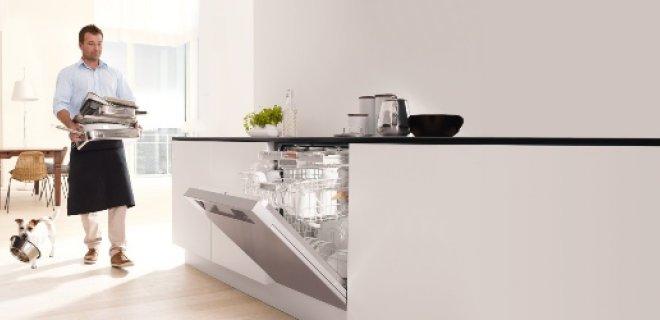 Kleur je keuken met le creuset nieuws startpagina voor keuken idee n uw - Serveren eiland keuken ...