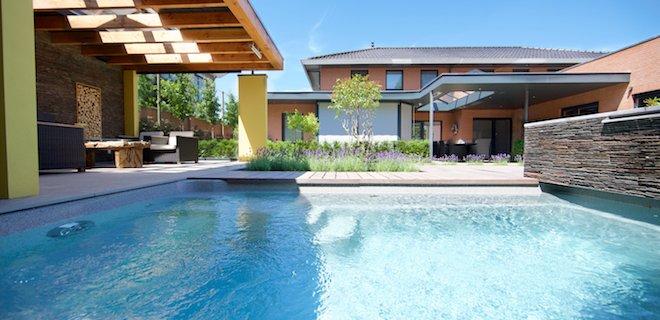 Plunge pools: kleine zwembaden voor luxe stadstuinen