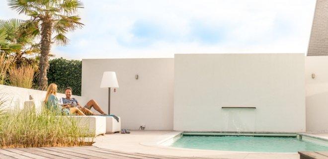 Staycation met een zwembad in de tuin