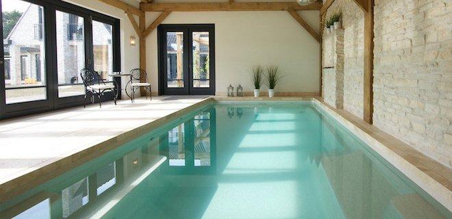 Thuis genieten van een binnenzwembad