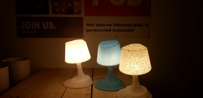 De POD for life Desklight van gerecycled materiaal