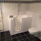 Senioren bad voor kleine badkamer