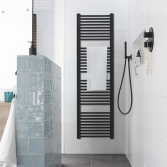 Zwarte badkamer accenten | Baden+