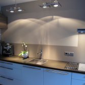 Keuken achterwand over tegels