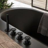 Hotbath Cobber @work - Industrieel op zijn best