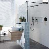Een verrassende badkamer voor een kleine ruimte - Baden+