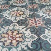 FLOORZ- Oude tegelvloer FR01