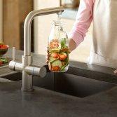 Keuken kraan met vier functies