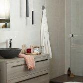 Handige oplossingen voor de kleine badkamer - Baden+