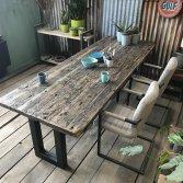Industriële wagonhouten tafel