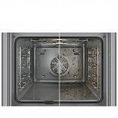 Je oven met gemak blinkend schoon