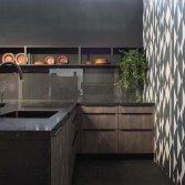 Keuken met betonlook fronten