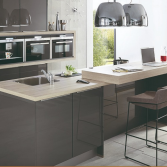 Keuken met ingebouwde achterwand