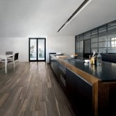Kol Tegels natuursteen- en hout look