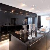 Luxe zwarte keukens bij Tieleman Keukens