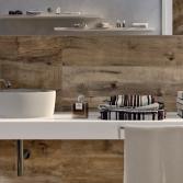 Badkamer met houtlook