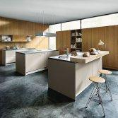 Keuken met ontbijtbar | next125