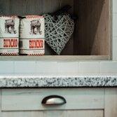 Uw KeukenSpeciaalzaak selectiv landelijk hout
