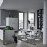Design keuken met high- en sideboards | Poggenpohl
