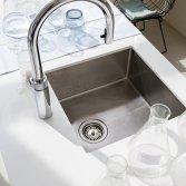 Kokendwaterkraan met flexibele uittrekslang