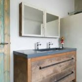RestyleXL badkamermeubel van oud eiken en beton