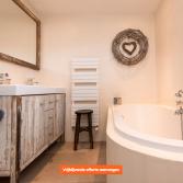 RestyleXL badkamermeubel van sloophout