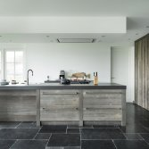 RestyleXL barnwood keuken met KitchenAid apparatuur