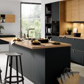 Moderne donkere keukens | Schüller