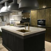 SHOWROOM KEUKEN MODEL VENEZIA