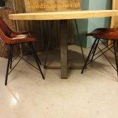 Stoere ronde eiken tafel