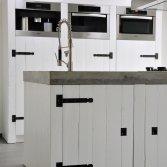 Strakke houten keuken RestyleXL